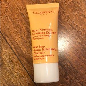 Clarins One-Step Gentle Exfoliating Cleanser 30ml